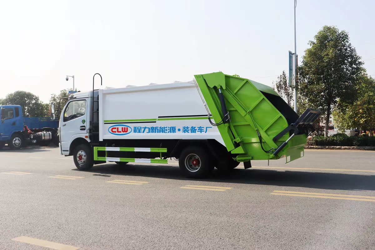 8方压缩垃圾车产品介绍工作视频视频
