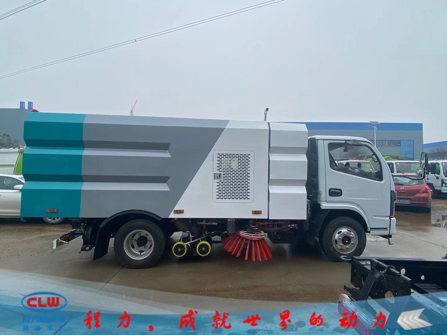 東風小多利卡國六洗掃車:濕掃干掃車價格圖片