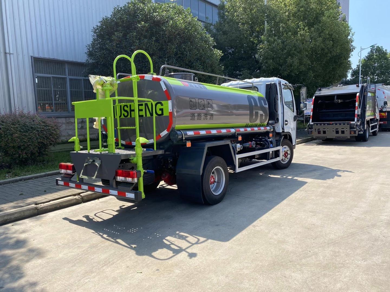 东风多利卡5方绿化喷洒车---洒水车图片