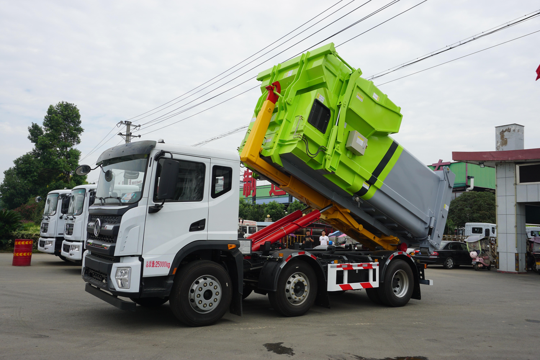 天龙前四后八XZL5315ZXX6垃圾车轴距更短标准运输成新宠