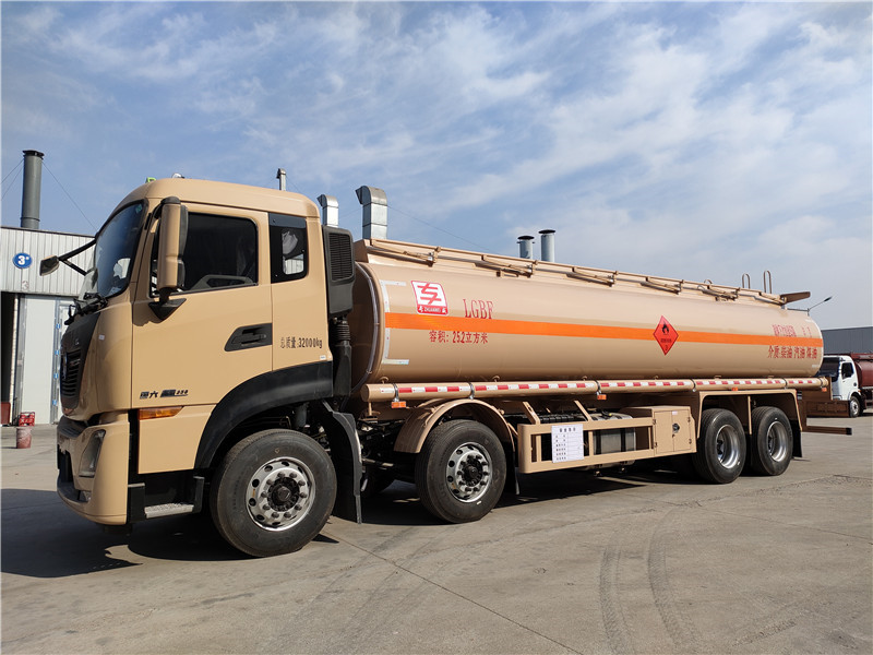 国六额载20吨油罐车厂家批发 东风天龙25.2方铝合金运油车配置