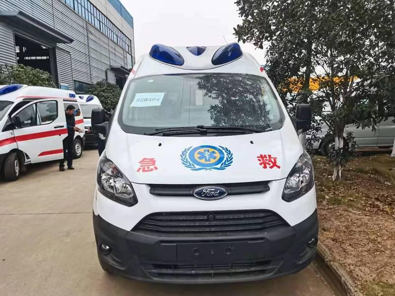 河北客户订购福特V362负压救护车十台,第一时间连夜赶往河北