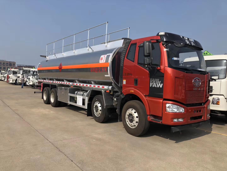 解放J6铝合金油罐车、铝合金专用运油车、楚胜运油车可分期图片
