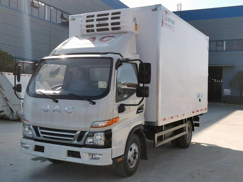 国六江淮骏铃V5冷藏车4.2米图片