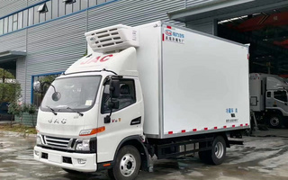 国六江淮骏铃V6冷藏车4.2米图片