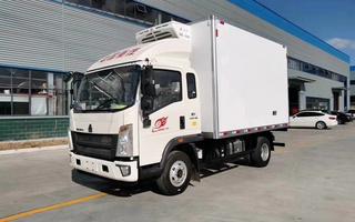 国六重汽豪沃一排半4.2米冷藏车图片