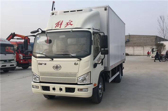 一汽解放J6F冷藏车5米2