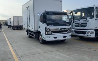 国六东风D7大多利卡冷藏车5.1米图片