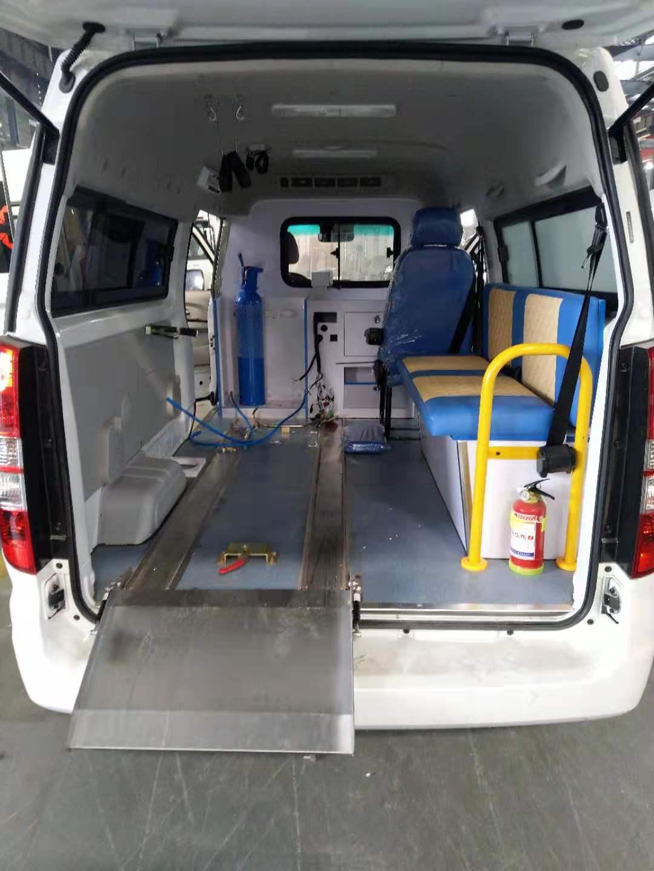 福特V363救护车报价图片
