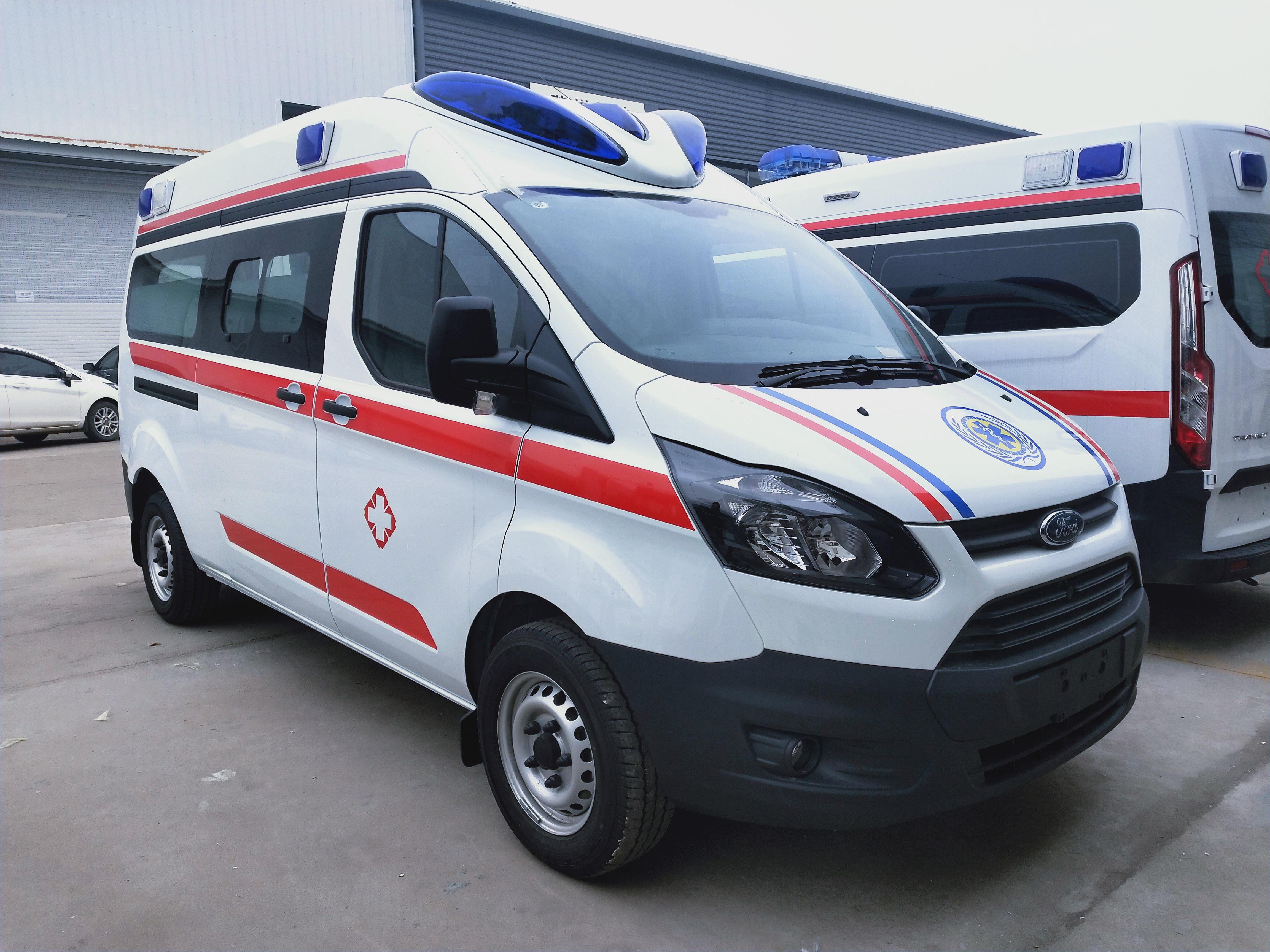 福特救护车厂家负压型V362外型和驾驶室图片图片