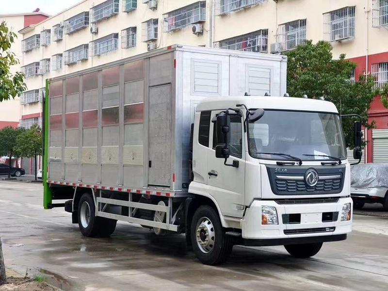 广西订购6.8米铝合金恒温运猪车完工