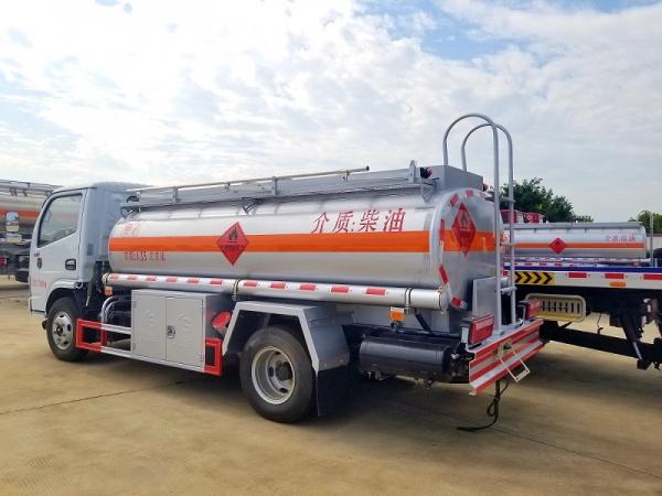 东风5吨小型流动加油车图片
