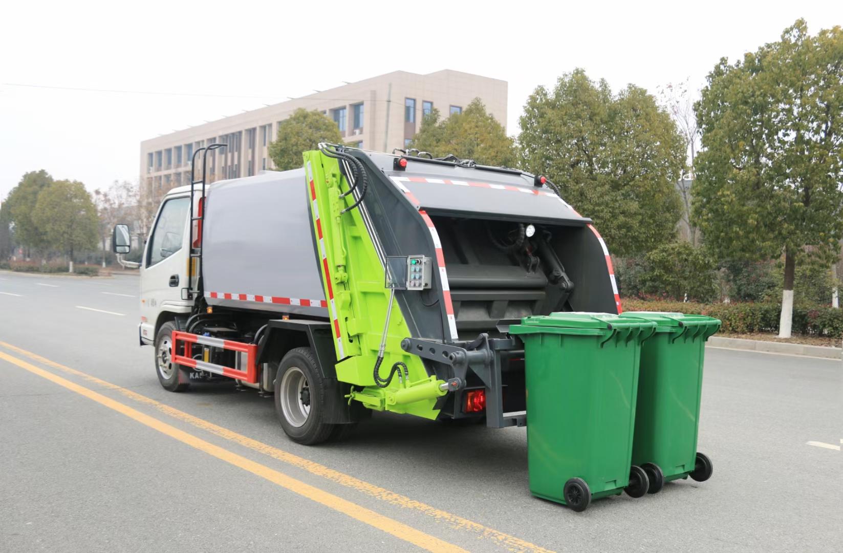 小型压缩垃圾车多少钱一辆图片