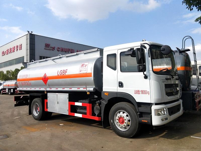 东风D9型油罐车配置 14吨油罐车 14.2方运油车参数视频视频