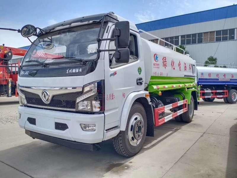 江苏扬州方总订购一台国六东风福瑞卡9方洒水车消防消毒车抑尘雾炮车