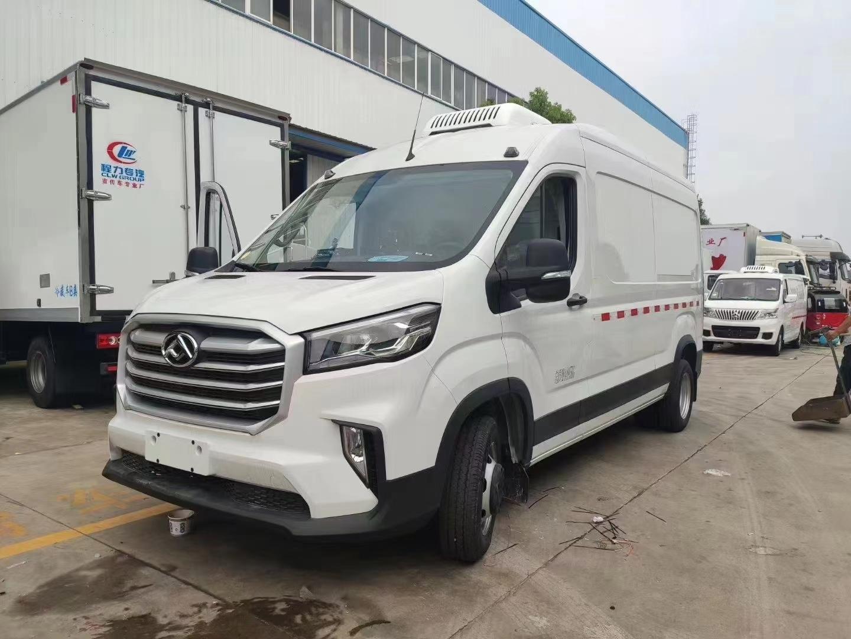 国六上汽大通v90面包冷藏车