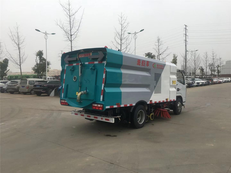 東風多利卡高壓洗掃車3方水箱2方垃圾箱圖片