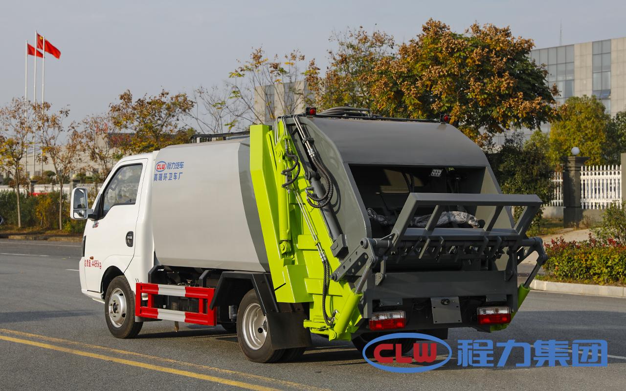 东风途逸3方压缩式垃圾车