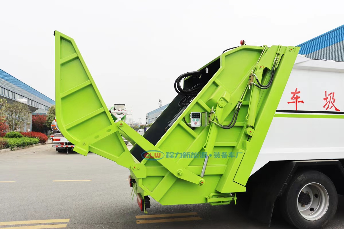 国六东风凯普特9方压缩式垃圾车图片
