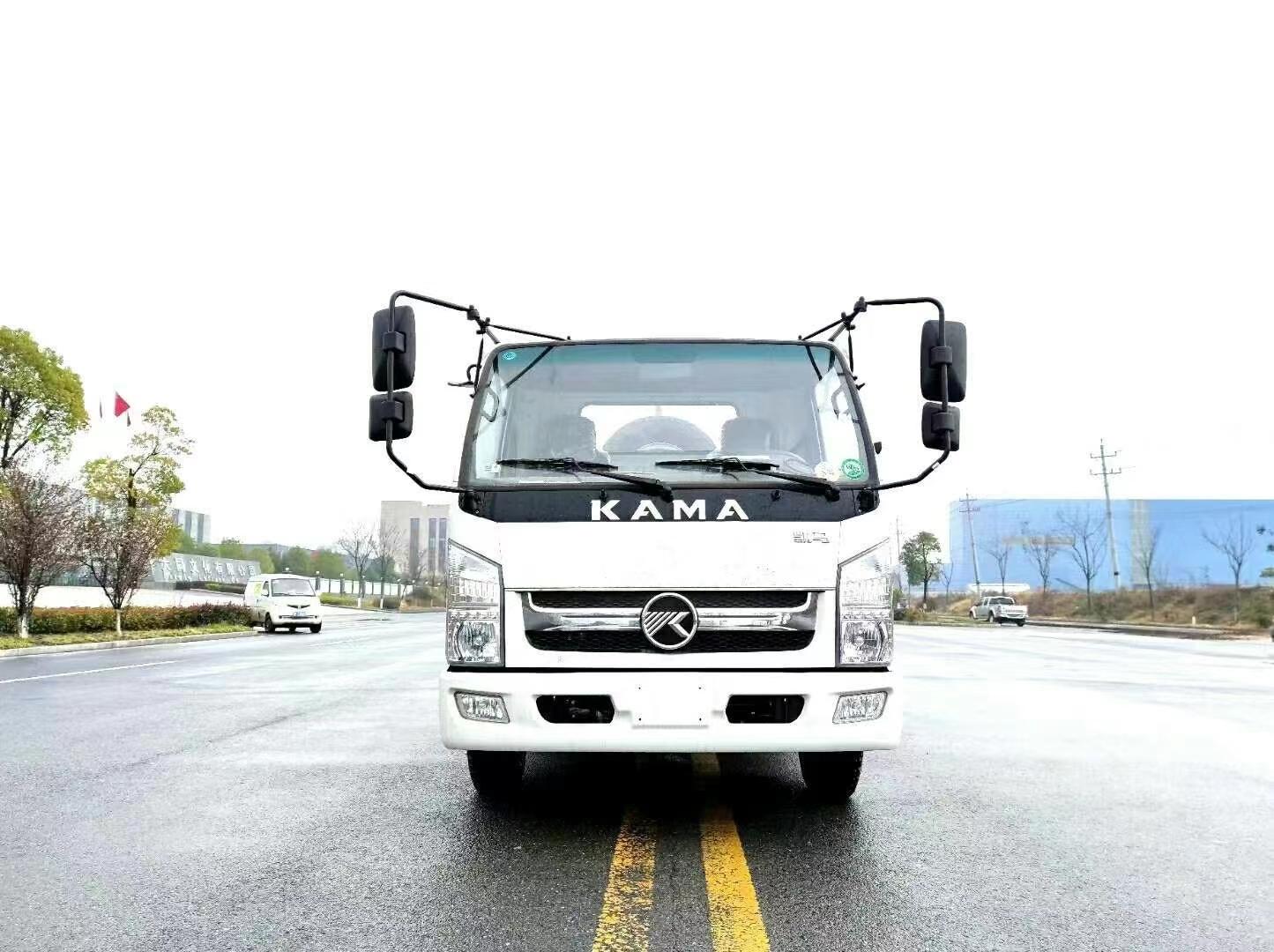 凯马蓝牌勾臂垃圾车  建筑垃圾运输车图片
