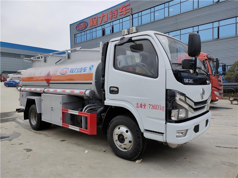 國六5噸油罐車廠家報價 程力威牌東風4.36方加油車包上戶視頻