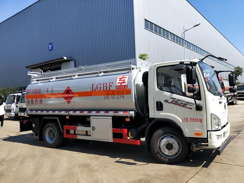 解放J6F單橋油罐車滿載10噸加油車 標載6.8噸油罐車現貨視頻