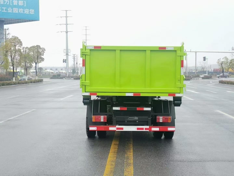 國六凱馬藍牌7噸勾臂垃圾車圖片