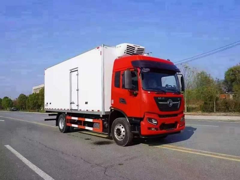 国六东风天锦6.8米冷藏车19908667627