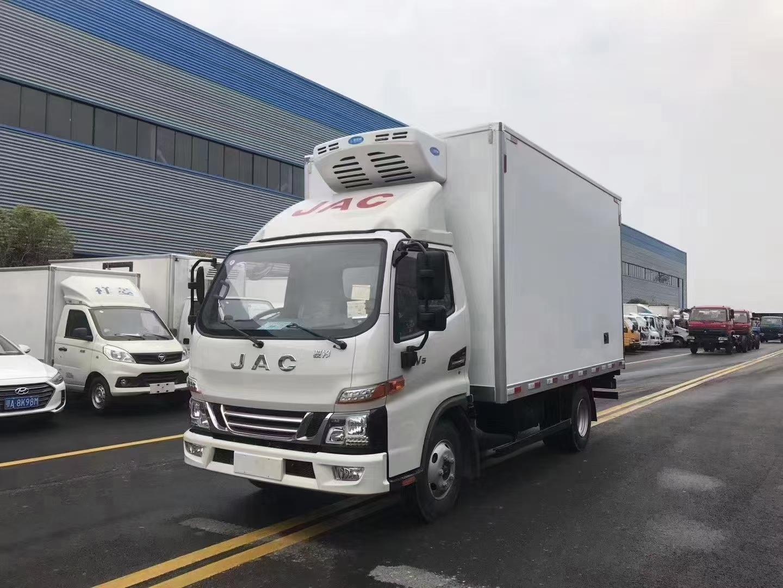 江淮骏铃V5国六150马力冷藏车图片