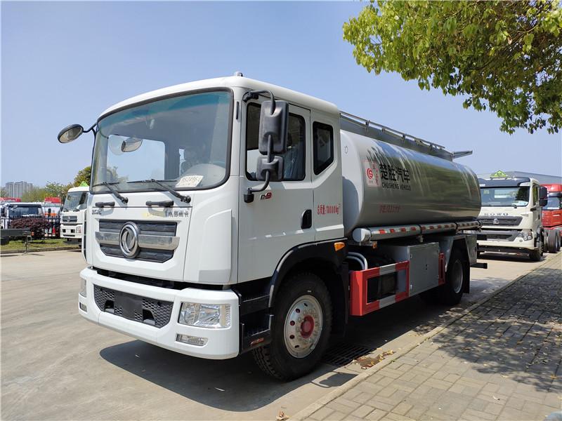 国六15吨普货油罐车厂家 东风D9普货16.3方供液车可拉泥浆减水剂净水剂防腐剂