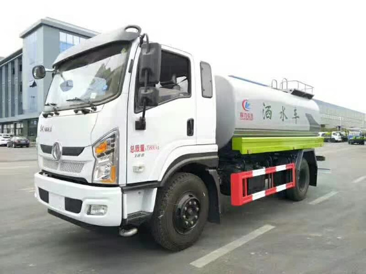 厂家供应超便宜12吨东风D1L洒水车图片