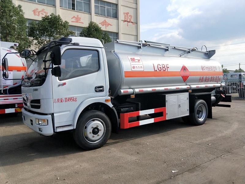 柴油罐式运输车 8吨油罐车价格 东风8吨加油车厂家现车出售 终身保修图片