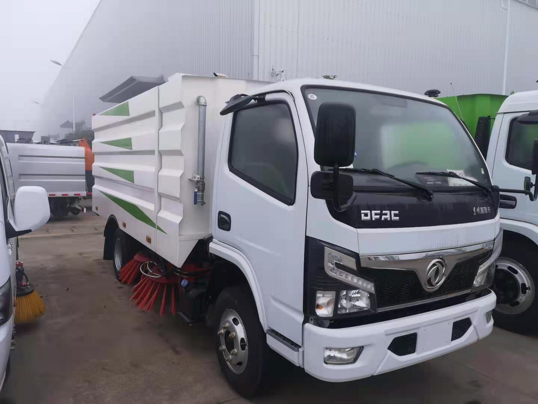 国六5吨小多利卡清扫车批发价高速路面养护车