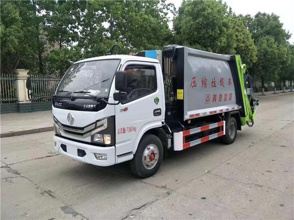 东风小多利卡6方压缩垃圾车  4吨位垃圾车图片