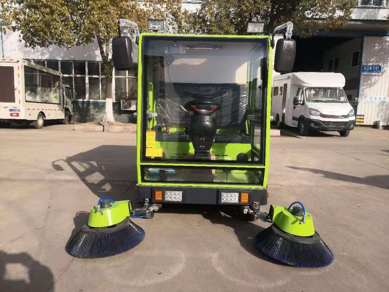 中小心新能源电动扫地车城市扫路车厂家图片