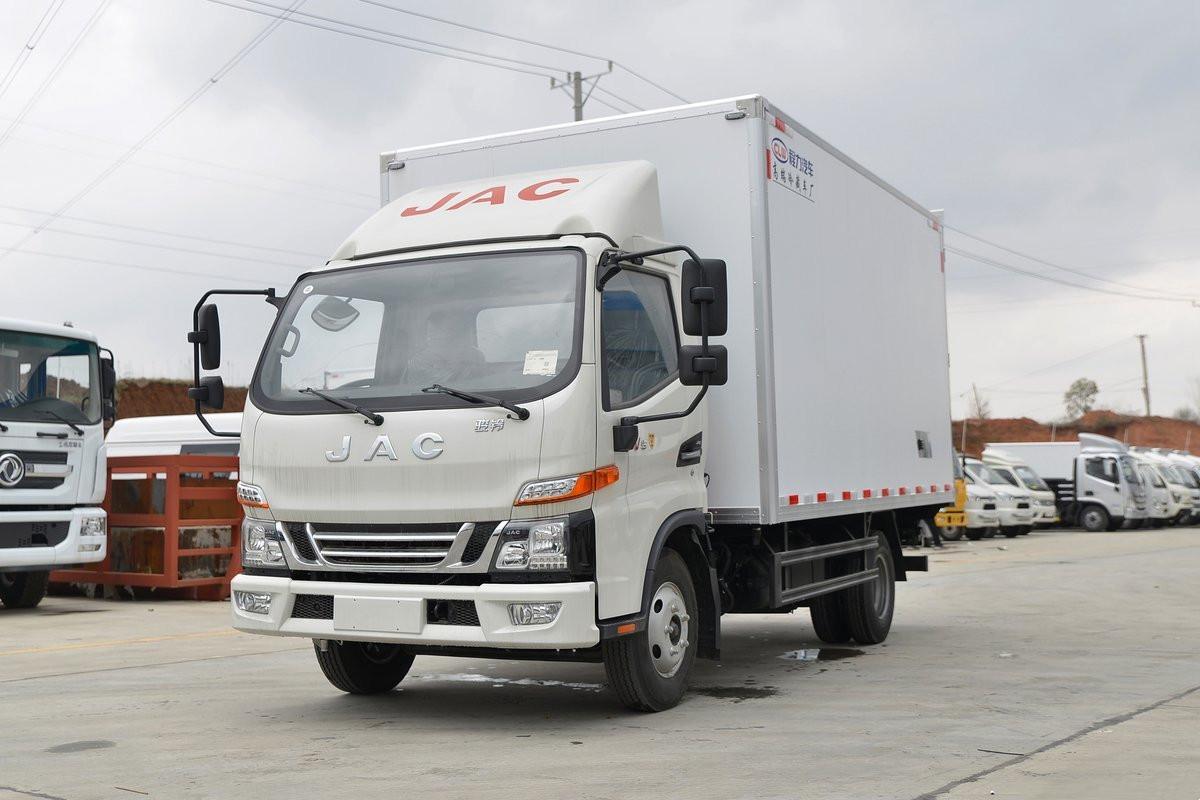 江淮駿鈴V5 國六130馬力 4.03米冷藏車