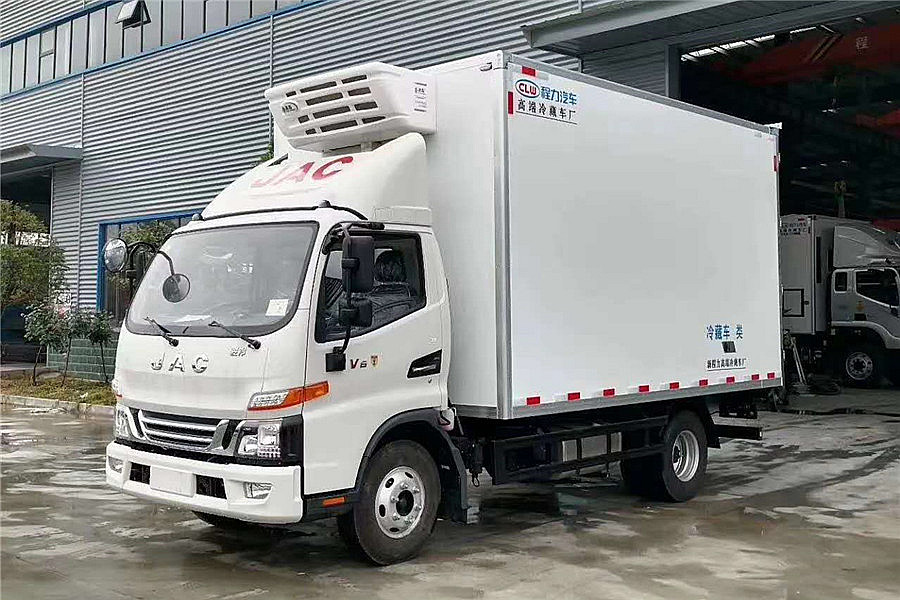 江淮駿鈴V6 150馬力 4.015米冷藏車