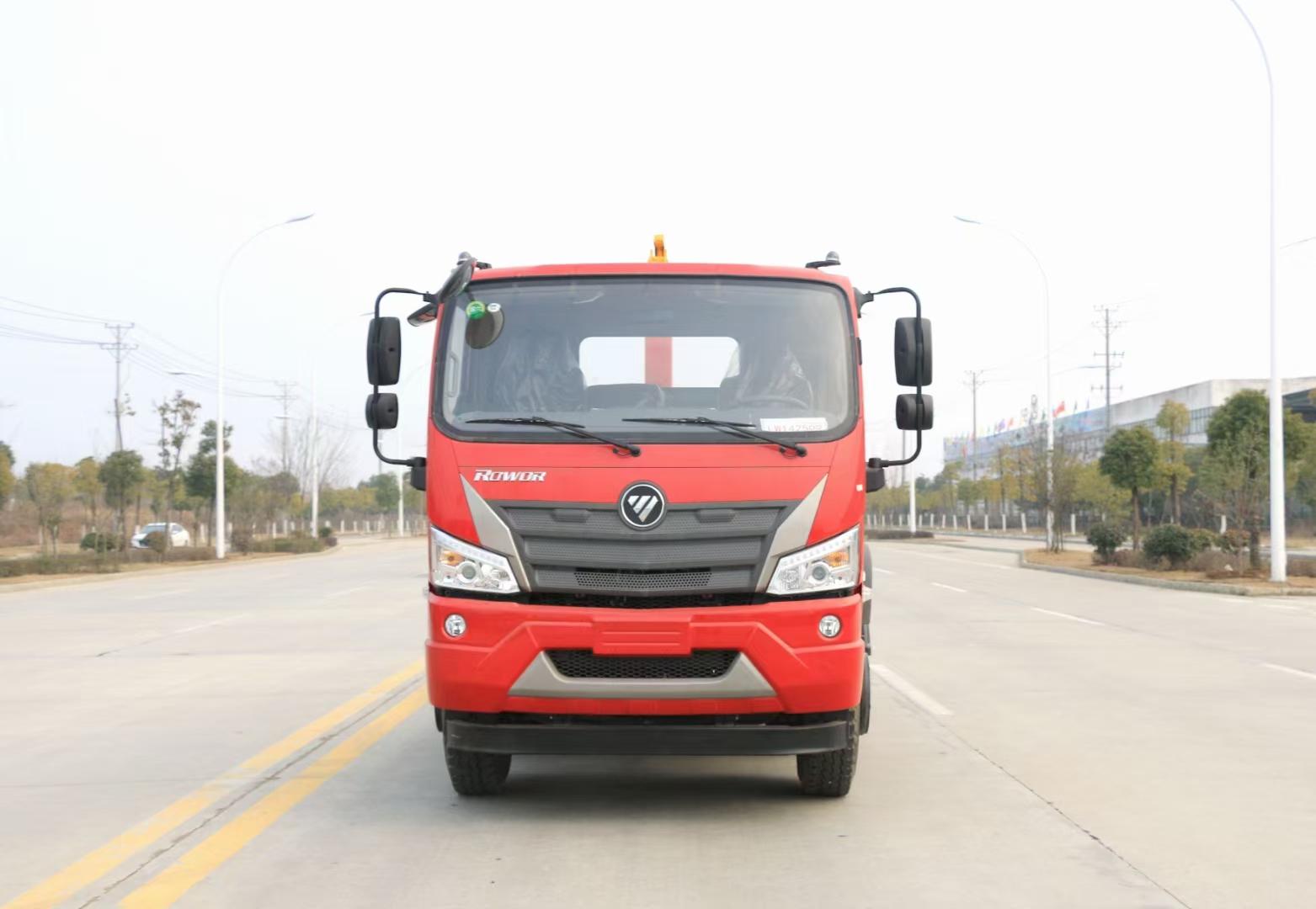 福田瑞沃大金刚3轴钩臂垃圾车生产厂家在哪里图片