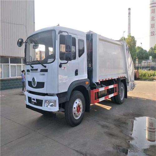 东风福瑞卡6方压缩垃圾车跟普通垃圾车又哪些优点  多功能垃圾车厂家