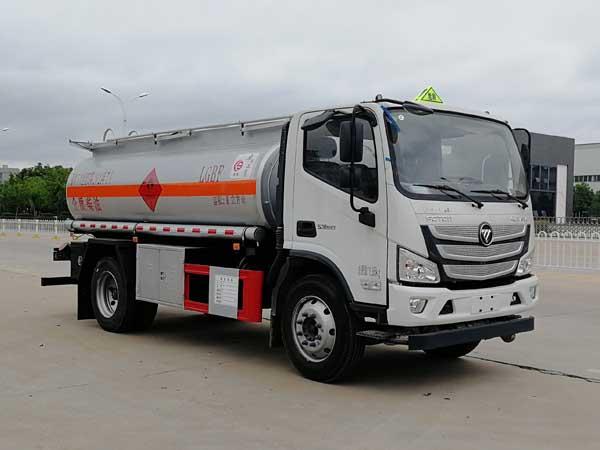 优质货源8方福田加油车国六排量图片