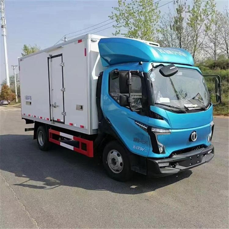 飛碟奧馳W5冷藏車