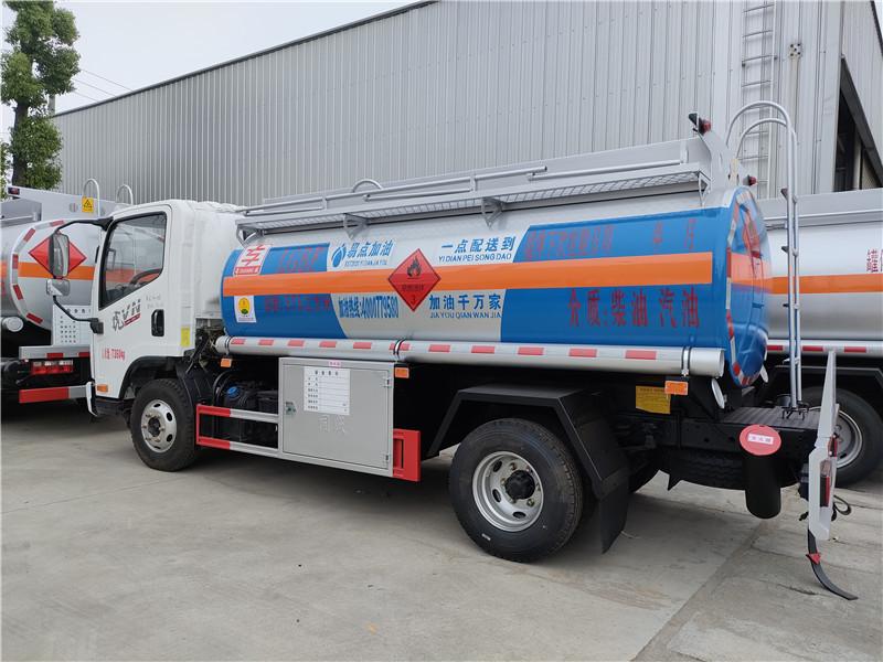 一线加油 油罐车厂家专业订制 解放虎V5吨油罐车互联网快捷加油车厂家包上牌
