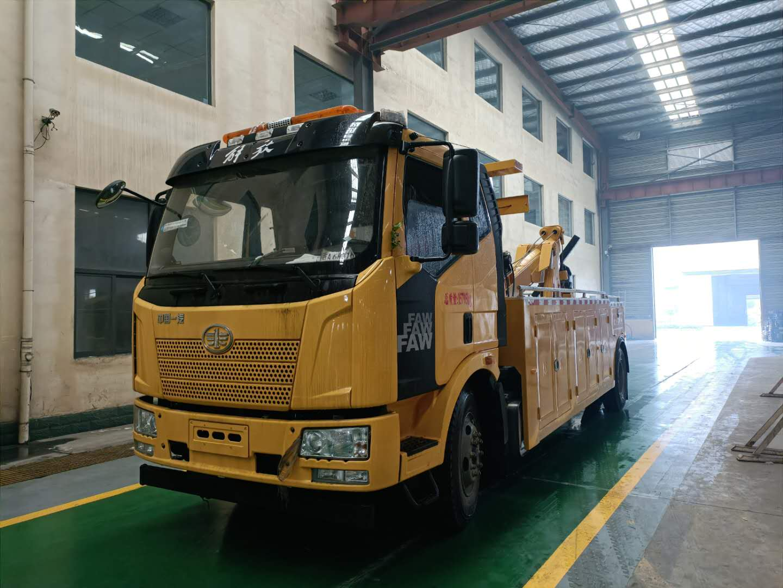 13吨20吨25吨30吨道路救援拖车价格清障车品牌厂家图片