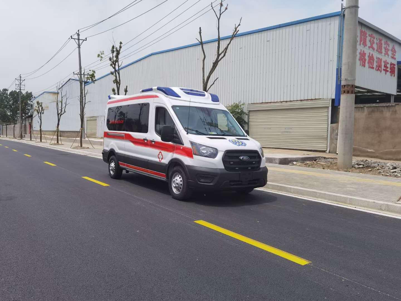 程力国内首发四驱福特猛虎救护车图片