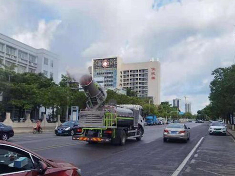 """10吨多功能抑尘车,东莞东坑的""""大号空气净化器"""""""