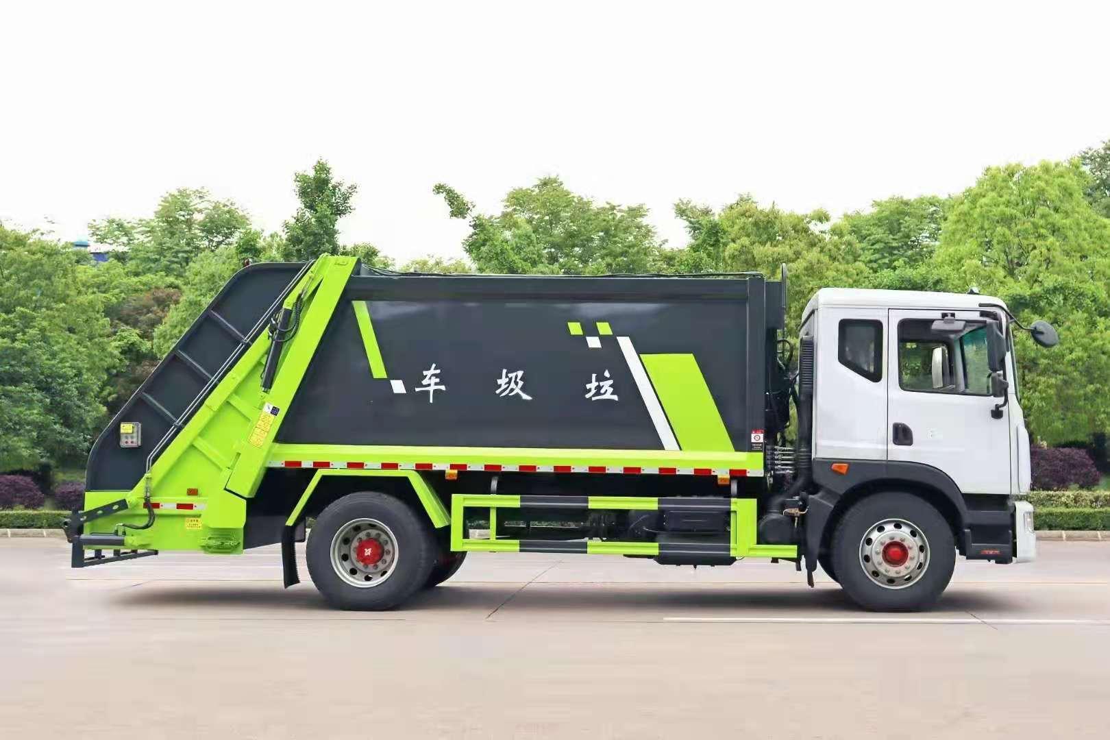 環衛車廠家報價_湖北程力東風壓縮垃圾車價格_240L后置掛桶壓縮垃圾車配置