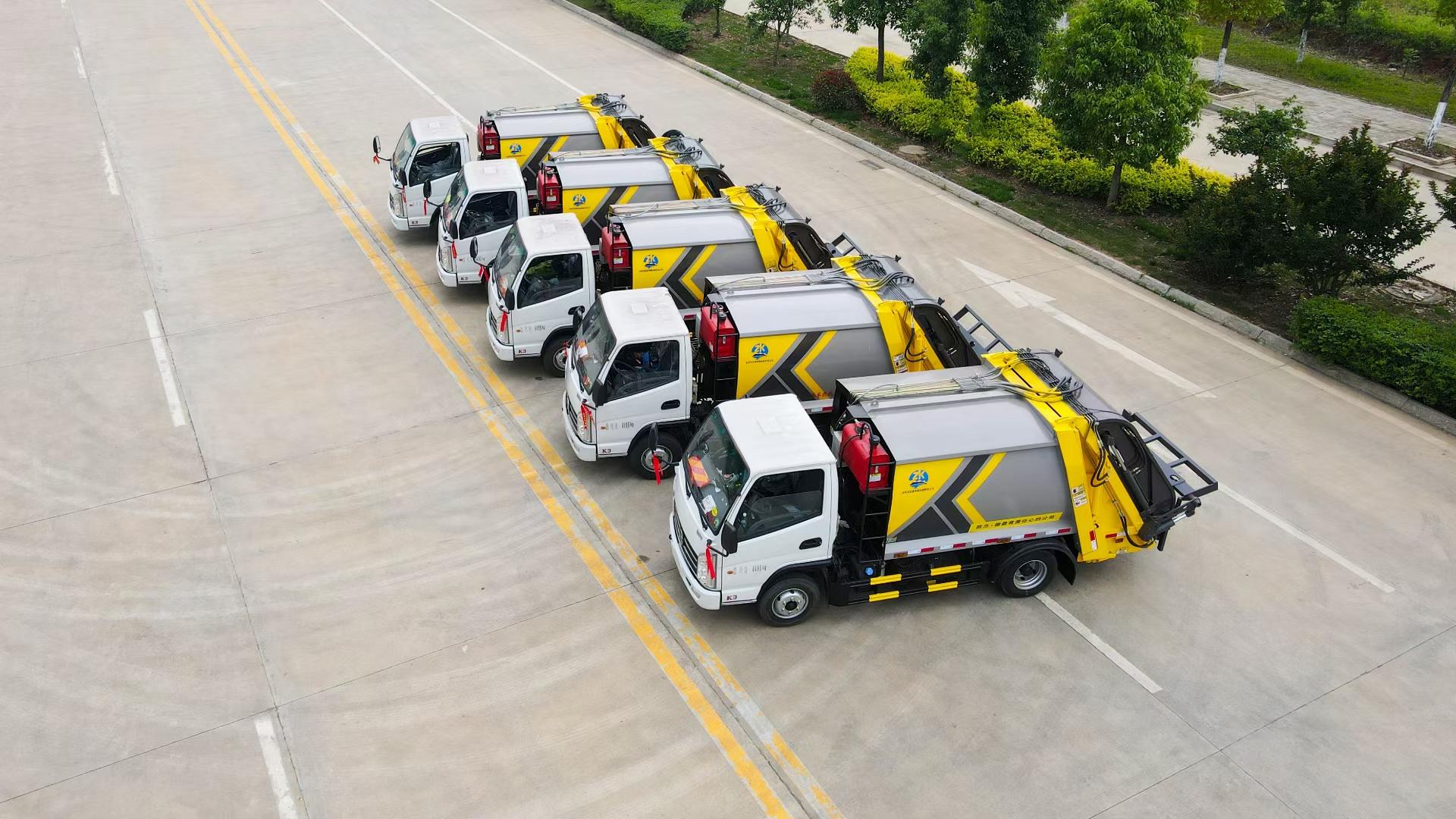 凱力藍牌壓縮垃圾車廠家 凱馬4方壓縮垃圾車價格圖片