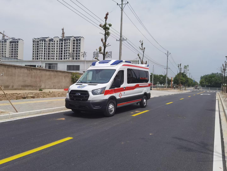 进口四驱救护车
