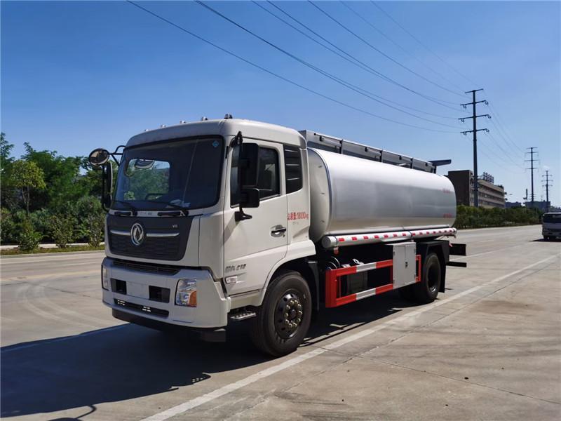 舜德牌国六东风天锦16.43方供液车可上个人户的普货油罐车图片