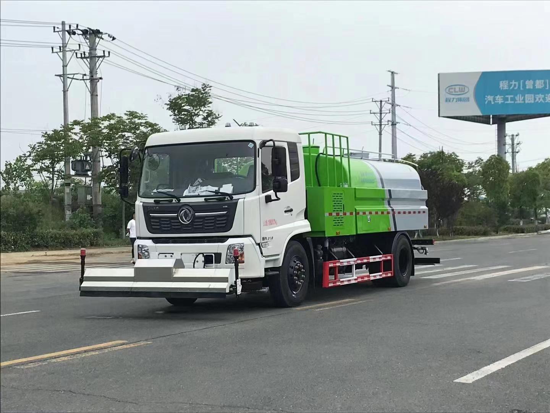 东风天锦4700轴距路面清洗车图片